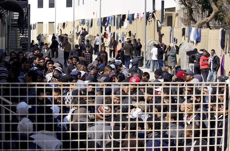 Lampedusa, arriva la smentita sui casi di meningite