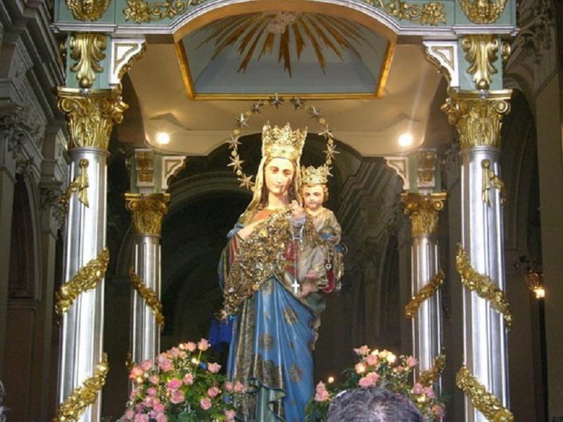 """Festa della Madonna Bambina a 360°: dalla processione """"a mare"""" a quella per le strade – FOTO e VIDEO"""