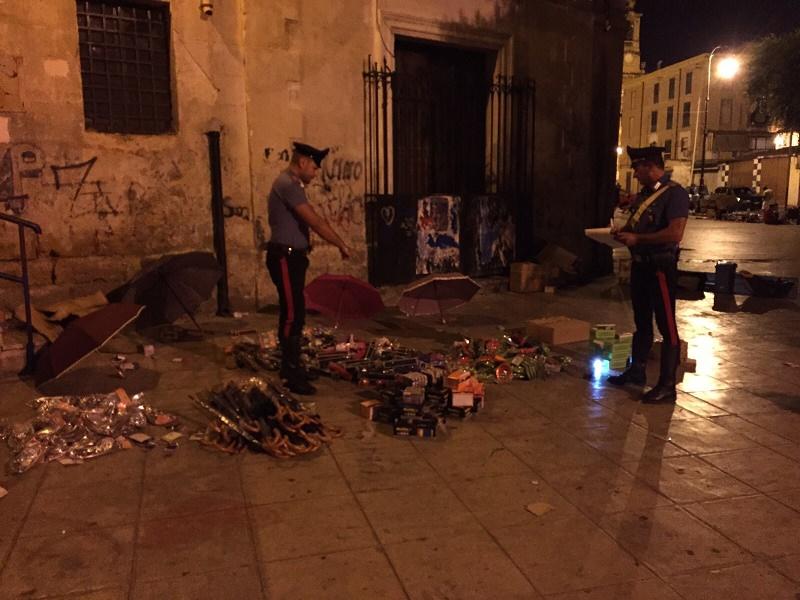 Scia di cartacce porta all'arresto di due ladri a Palermo