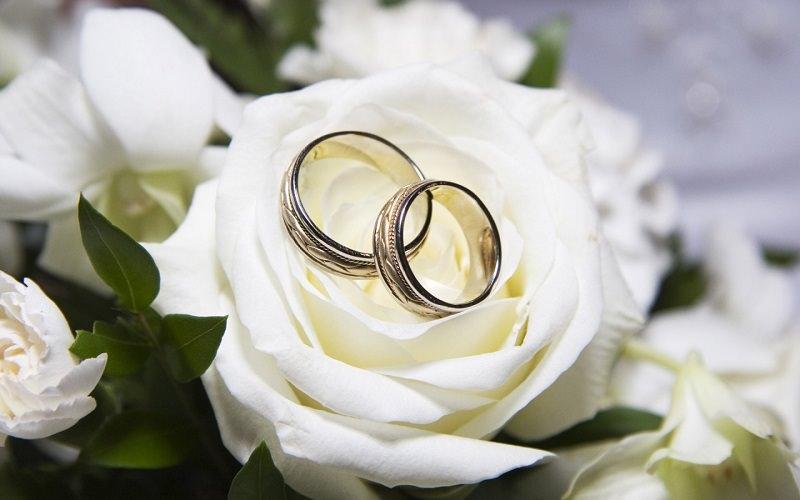 Viagrande, lei 85 anni e lui 47, decidono di sposarsi ma i parenti insorgono