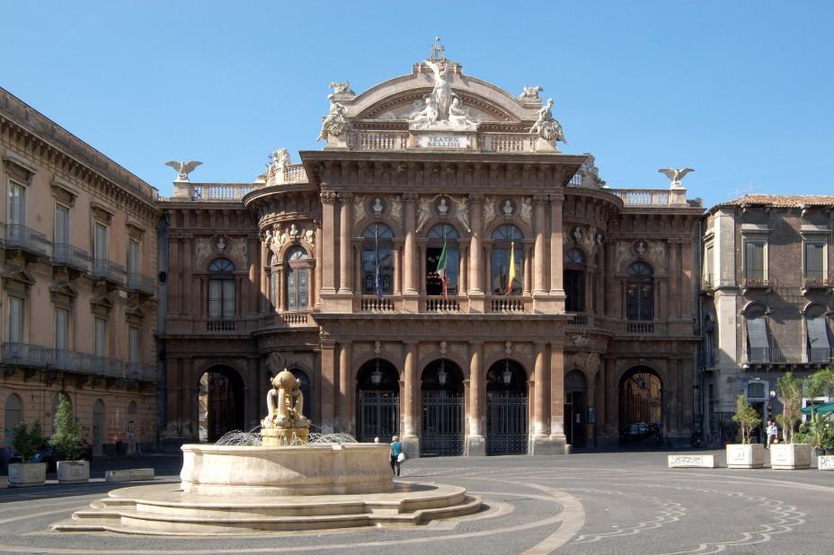 Catania: incontro per il Teatro Bellini, assenti Cda e sovrintendente