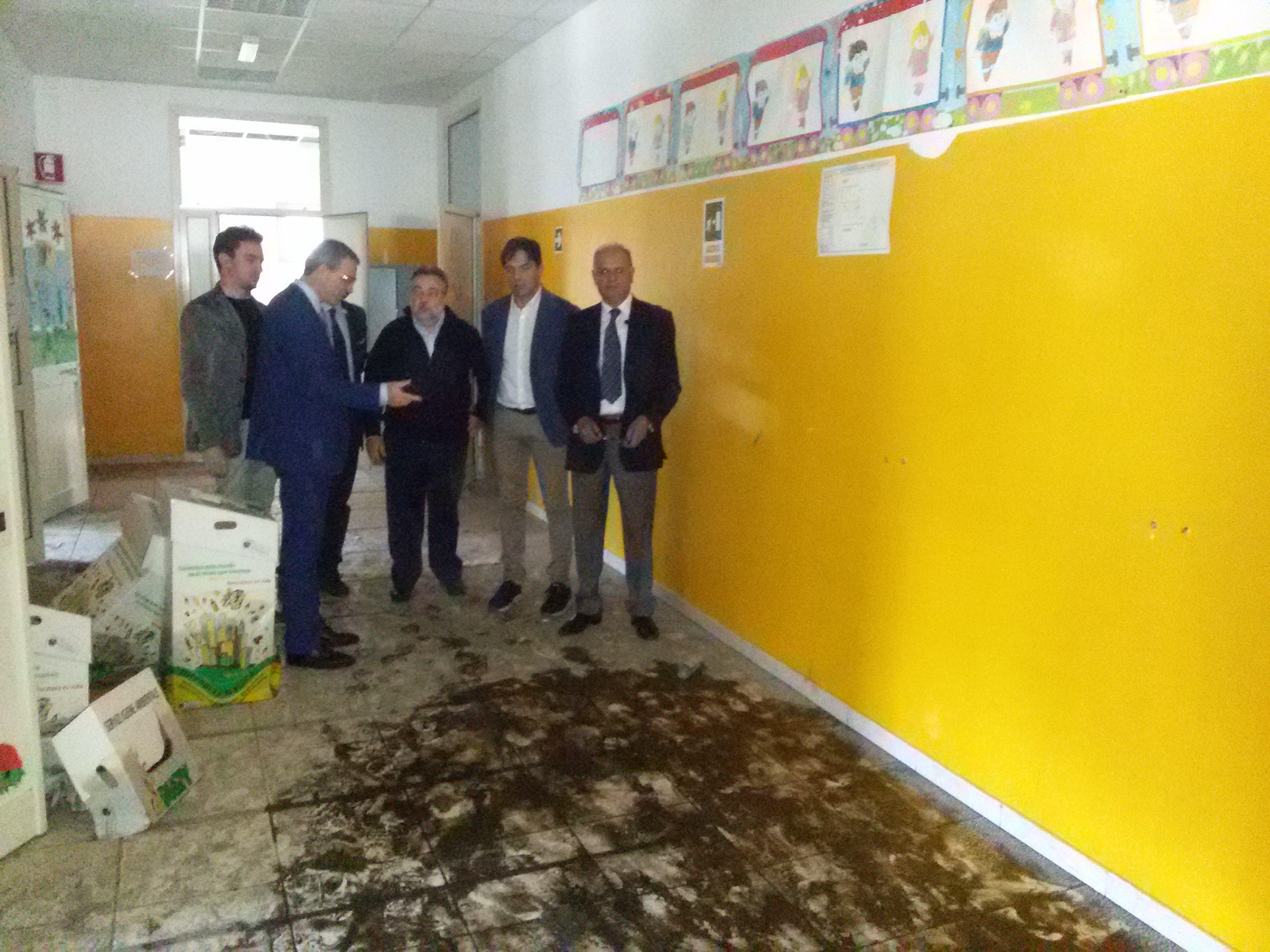 """Edilizia scolastica, Falcone e Pogliese: """"Servono misure urgenti"""""""
