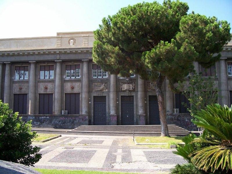 """Istituto """"De Felice Giuffrida-Olivetti"""" di Catania: continua la tradizione all'insegna dell'innovazione e della tecnologia"""
