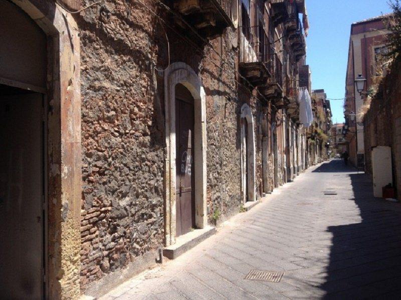 """""""Non siamo a Gerusalemme est né a Beirut"""". Comitato San Berillo contro chiusura del quartiere"""
