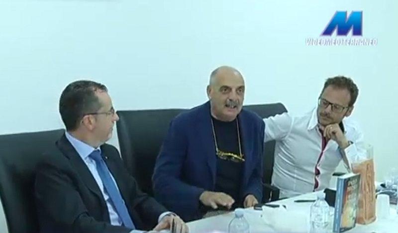 """Presentato da Paolo Brosio il """"volo del cuore"""" Comiso-Medjugorje"""