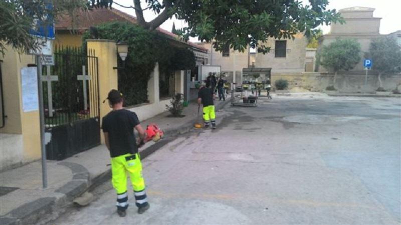 """Pulizia straordinaria dell'area di Bonamorone in vista """"dei morti"""""""