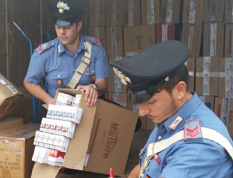 Arrestati dopo aver rubato un furgone carico di sigarette