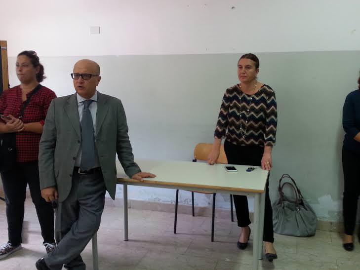 """Catania, il De Felice senza """"scuola"""" chiede risposte. Catalfo (M5S): """"Agire subito"""""""