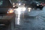 Palermo, forti piogge e due incidenti: un testacoda e un ribaltamento di un'auto