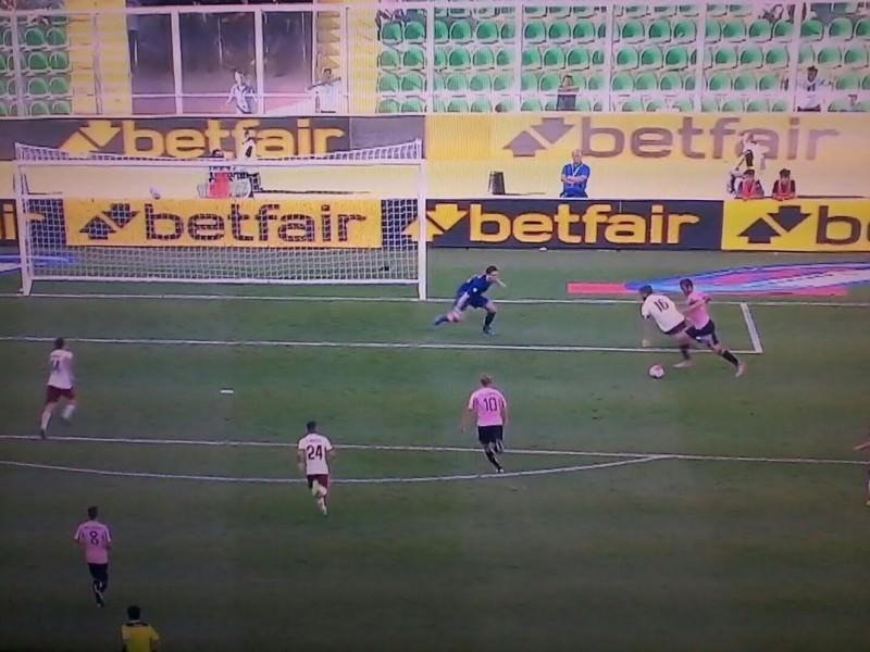 Palermo sconfitto dalla Roma. Ma gol e spettacolo al Barbera