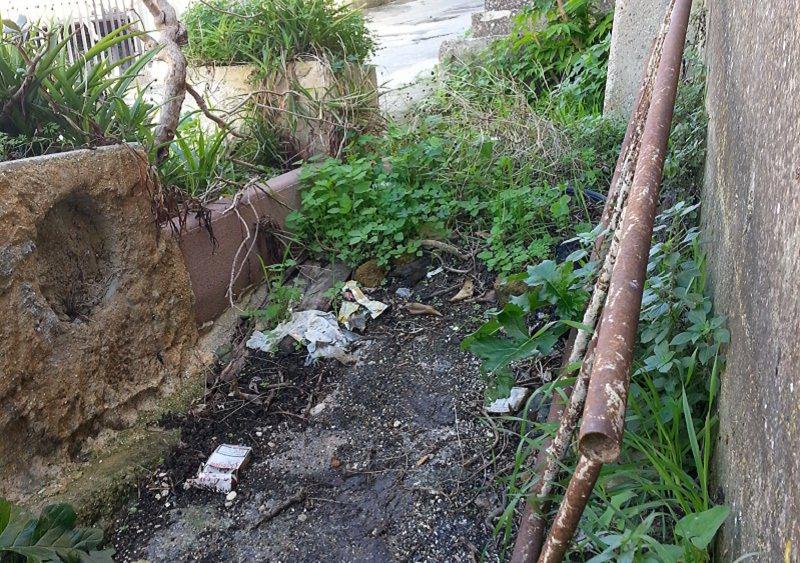 Agrigento, via Giardinello in stato di abbandono