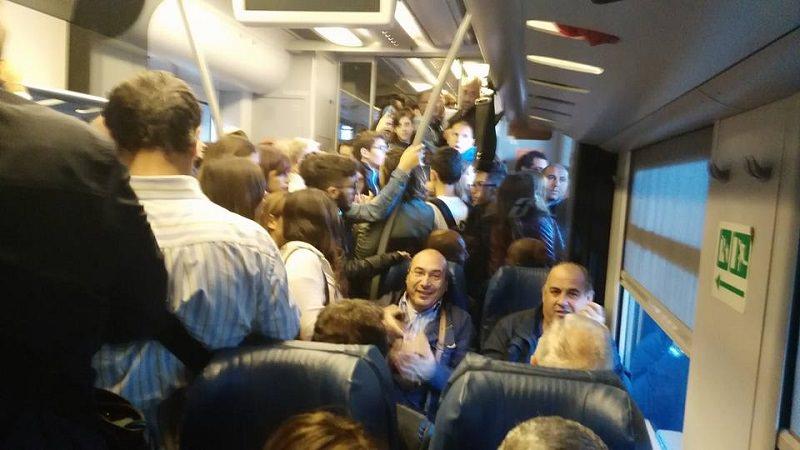 Trenitalia, ritardi su tratta Palermo-Agrigento: il 27 novembre si manifesta