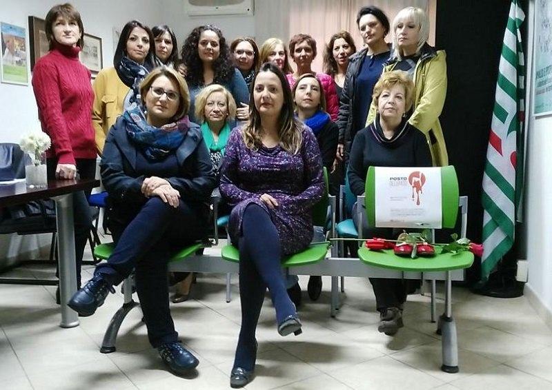 """Alla Cisl di Catania un """"posto occupato"""" contro la violenza sulle donne"""