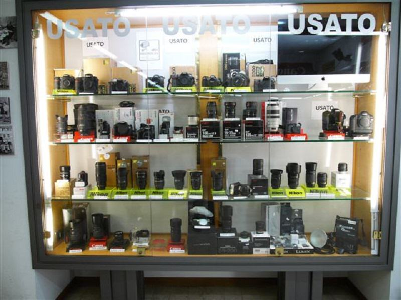 Usato e novità per gli appassionati di fotografia