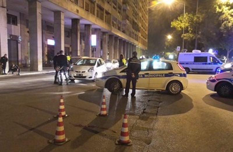 Incidente stradale in via Crispi a Palermo: investito un pedone