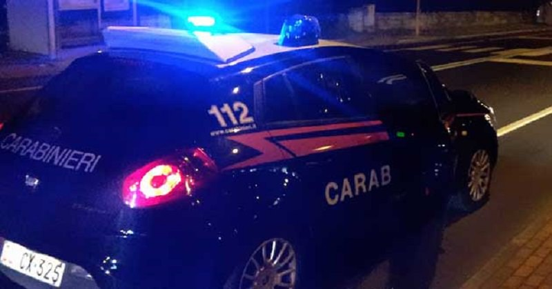 Ricettazione, furti, spaccio ed estorsioni sull'asse Puglia-Sicilia