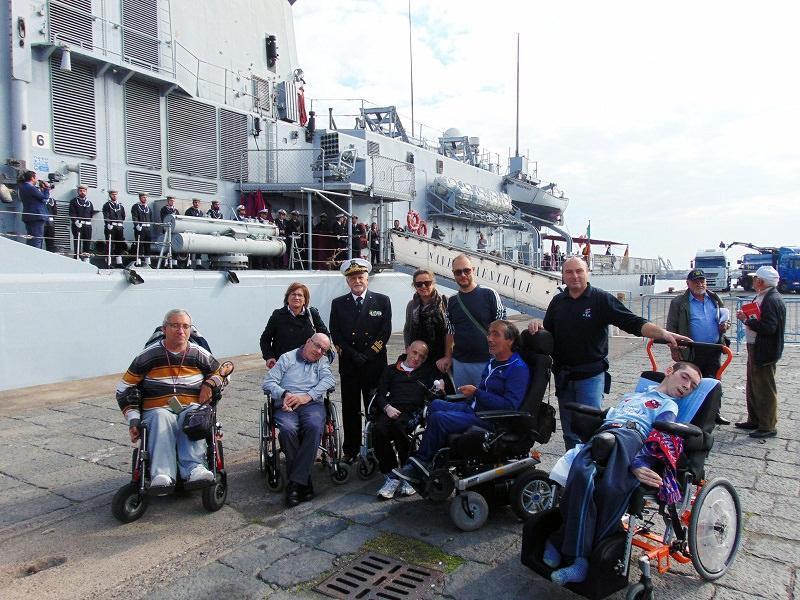 Fregata Maestrale in dismissione: disabili in visita al porto di Catania