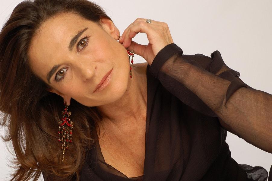 """Metropolitan: Lina Sastri porta in scena una """"Lupa"""" tragicamente attuale"""