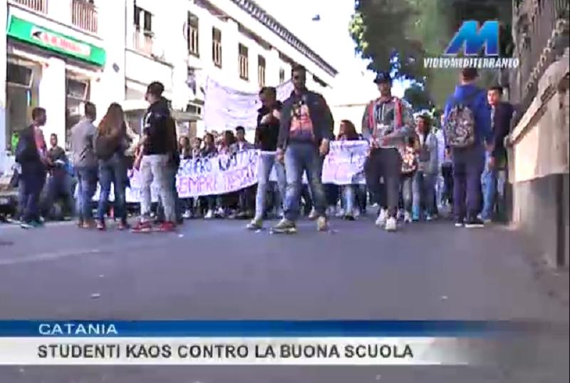 Catania, studenti del Kaos contro la buona scuola