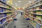 Commercio ancora in crisi: forte calo degli alimentari, gli italiani riducono spesa per il cibo