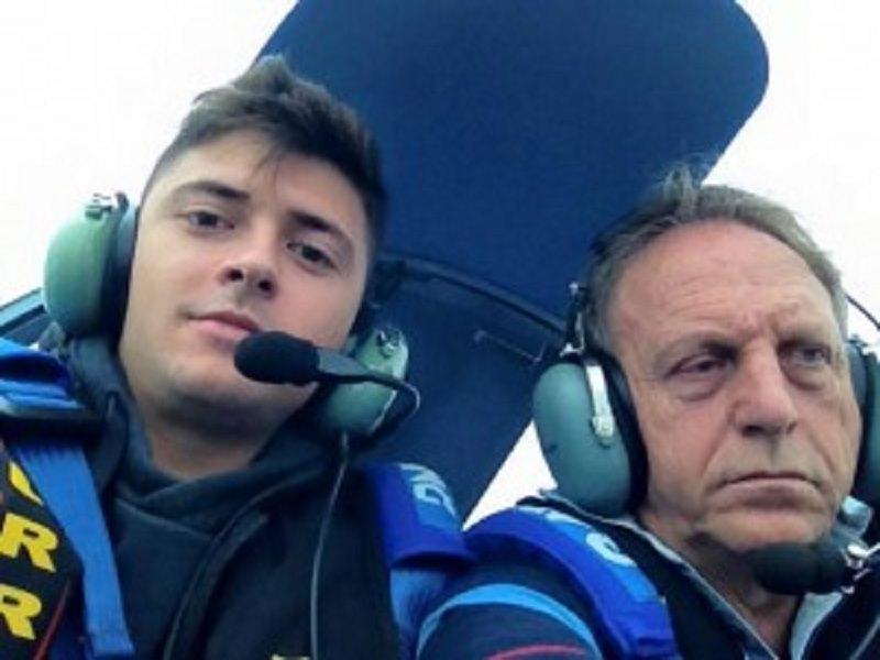 Padre e figlio precipitano con un ultraleggero a Stromboli: si attende l'autopsia