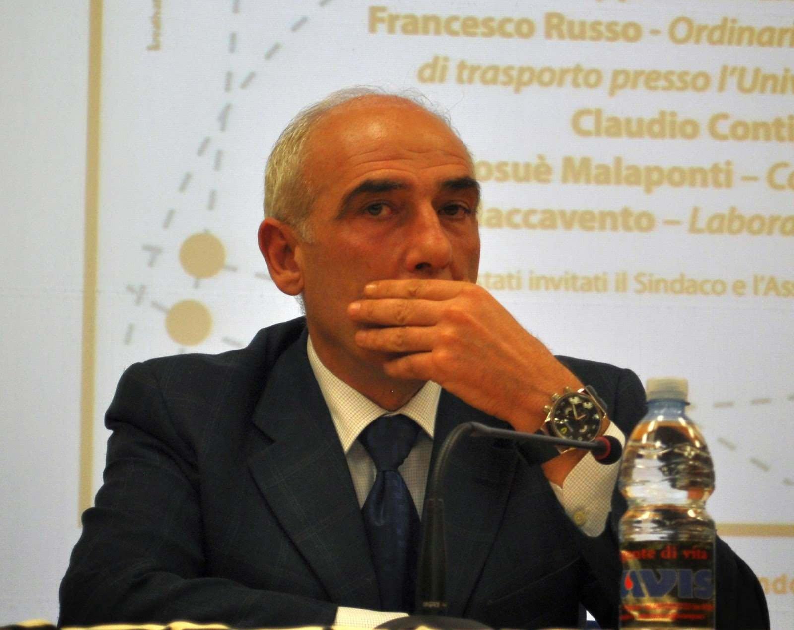 """Anomalie negli orari dei treni regionali varati da poco, Malaponti: """"Ripristinare fermata di Calatabiano"""""""