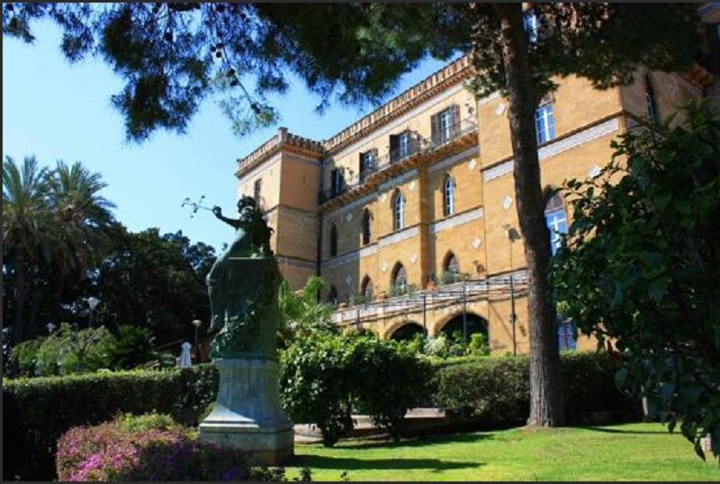 Turista statunitense denuncia receptionist dell'Hotel Villa Igiea: gli ha svuotato la cassaforte