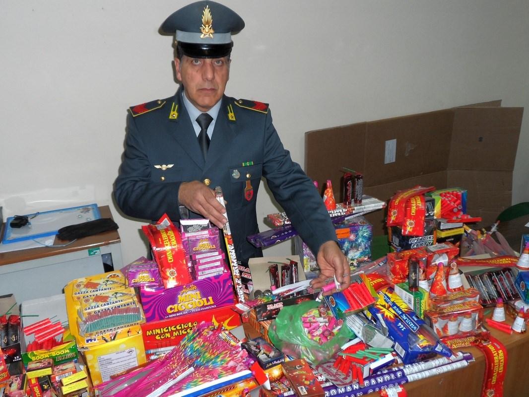 Notte di San Silvestro: sequestrati 46 kg di botti di capodanno
