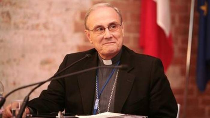 Mazara, il vescovo Mogavero indagato per appropriazione indebita