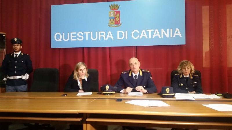 Solo questura di catania offre passaporto subito for Subito offerte lavoro catania