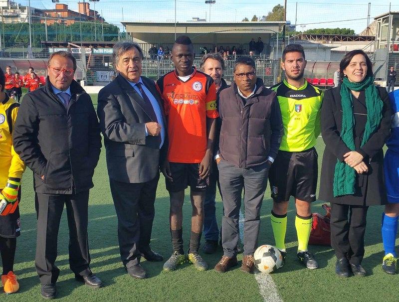 Palermo, prima partita di calcio del minore straniero del Mali