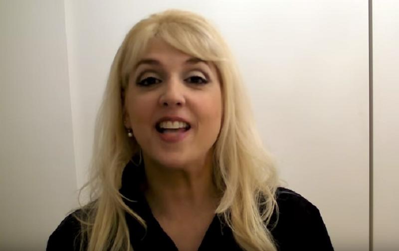 """Siracusa, professoressa diventa virale sul web: """"Aboliamo esami maturità"""""""