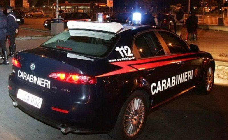 Sequestrano pasticciere per imporre restituzione di 100 mila euro: 8 arresti