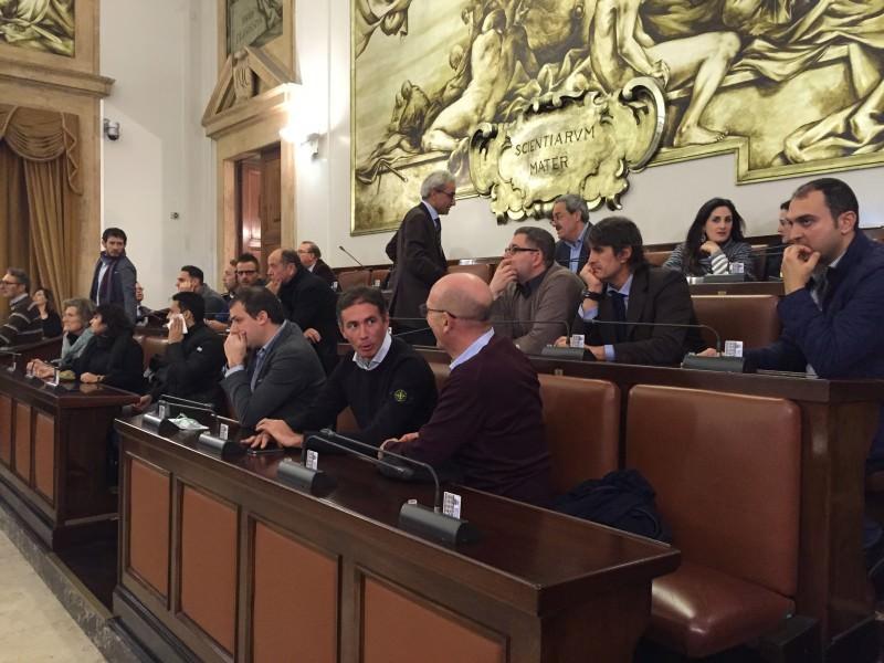 """Catania, mafia in consiglio: tutti chiedono chiarezza. """"Basta con le ombre serve trasparenza"""""""