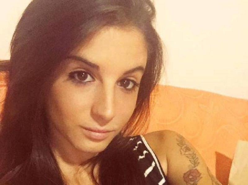 """Giulia Latorre, figlia del marò fa coming out: """"Sono lesbica"""""""