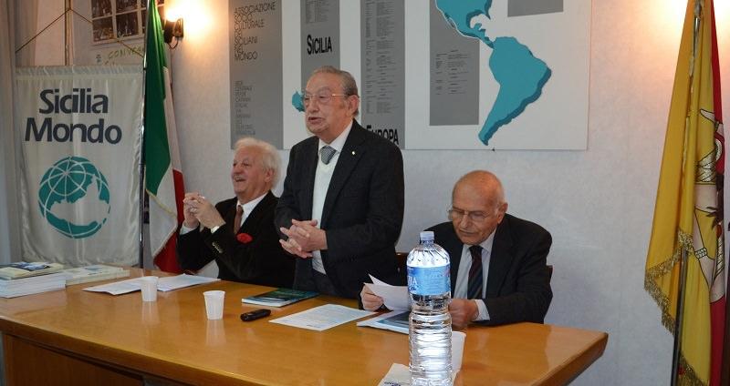 """""""Sulle strade del mondo"""": presentato a Catania ultimo libro di Enzo Farinella"""