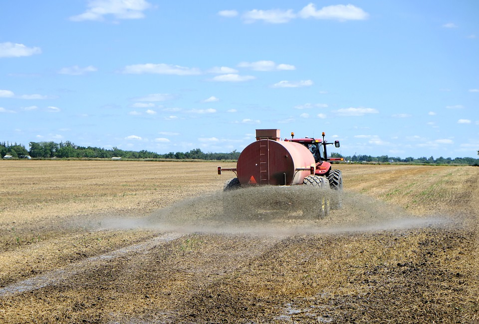 """Sequestrate tonnellate di fertilizzanti """"cinesi"""" destinati al mercato siciliano"""