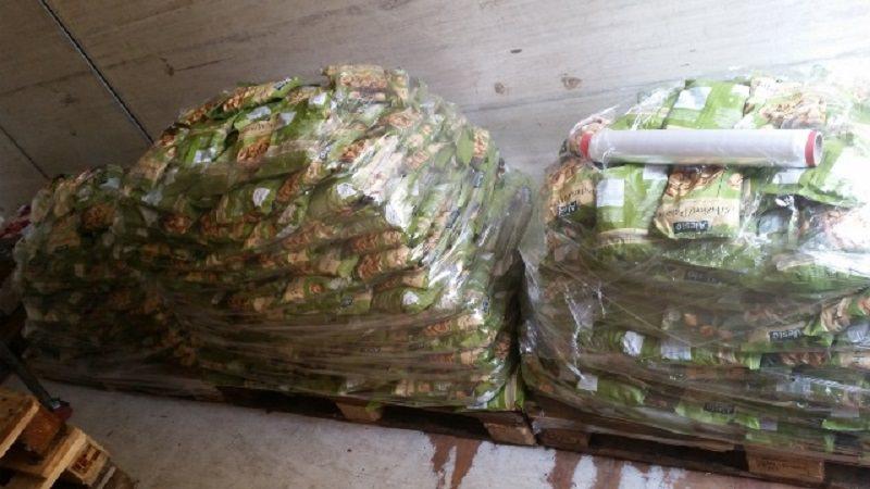 Ladri di pistacchi sul treno fermo a Bicocca. Arrestati