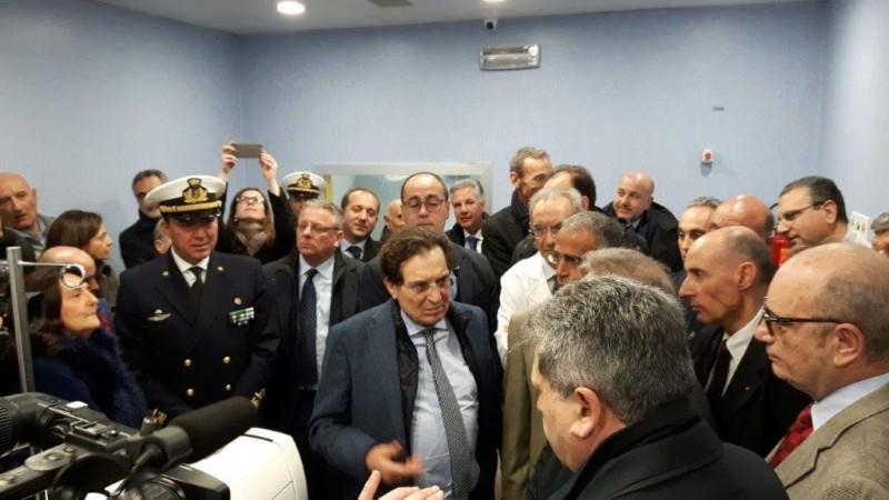 Siracusa, duramente contestato il presidente Crocetta
