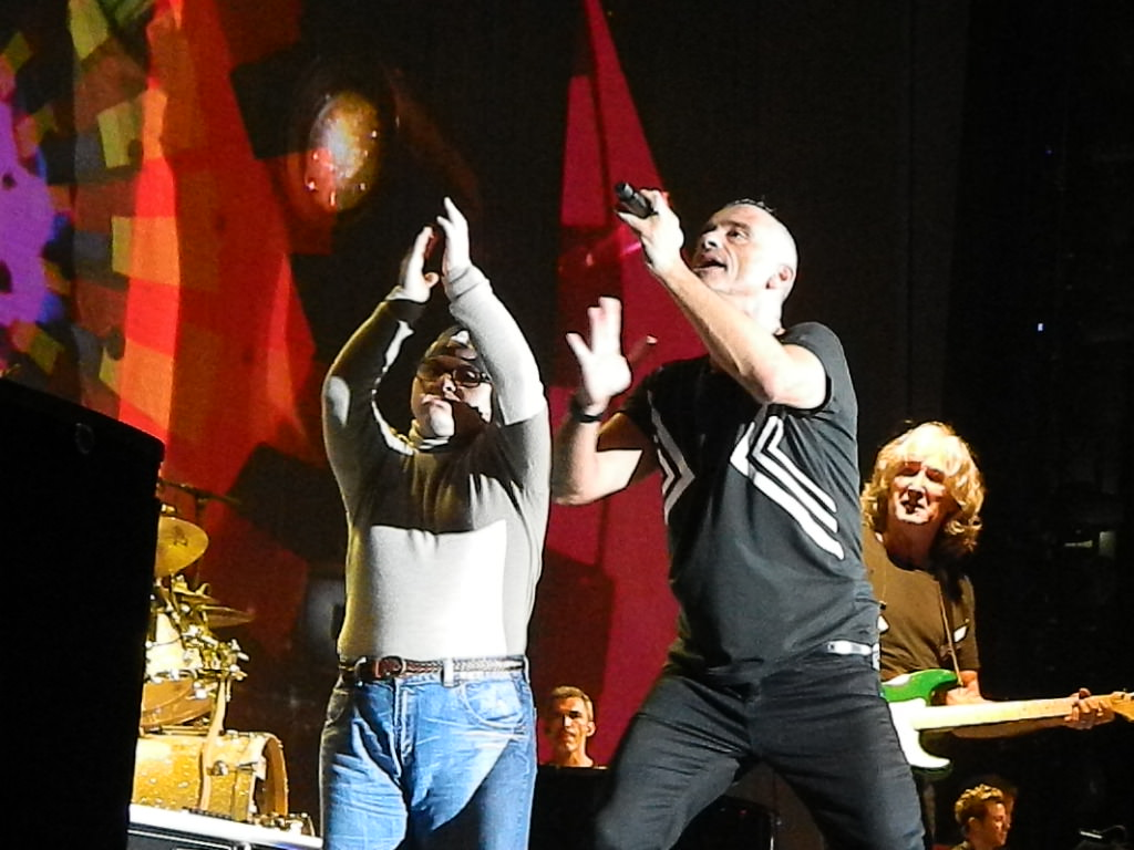 Alberto, ragazzo disabile, sul palco con Eros Ramazzotti