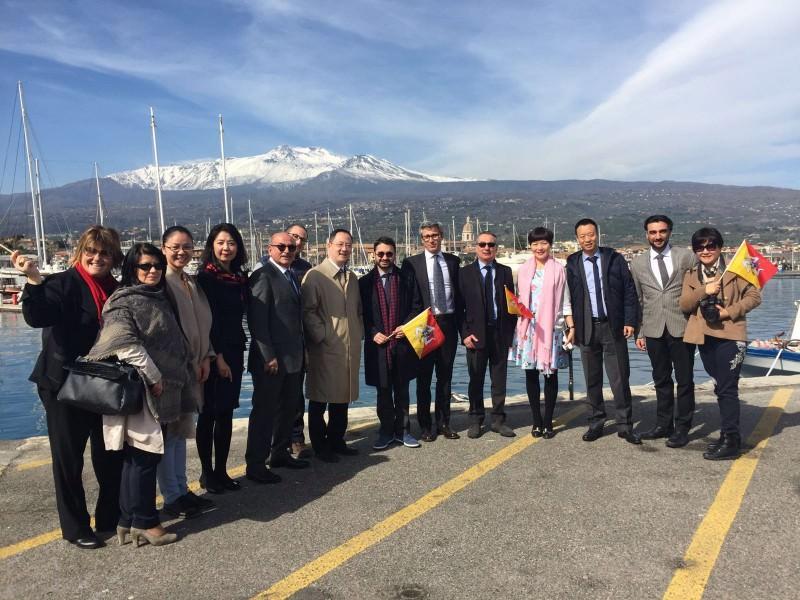 Rapporti commerciali, delegazione cinese a Riposto
