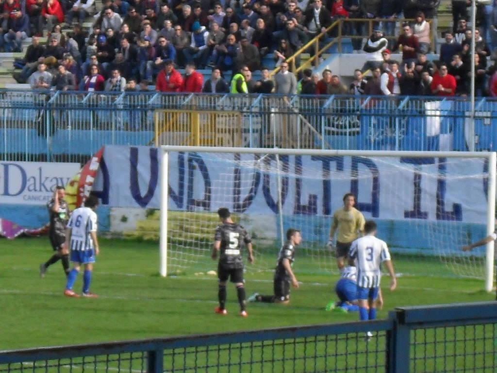 Il Catania affonda, Akragas vittorioso per 3-2