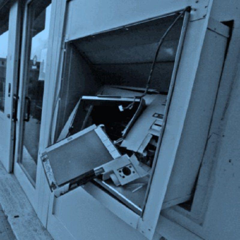 Bancomat asportati negli ospedali di Leonforte e Nicosia: sgominata banda