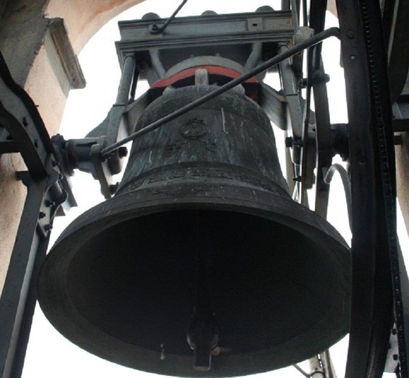 """Concerto di campane da 10 mila euro: c'è chi ha parlato di """"allarme antiaereo"""""""