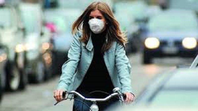 Coronavirus in Italia, una nuova ricerca dimostra il legame tra smog e letalità del Covid