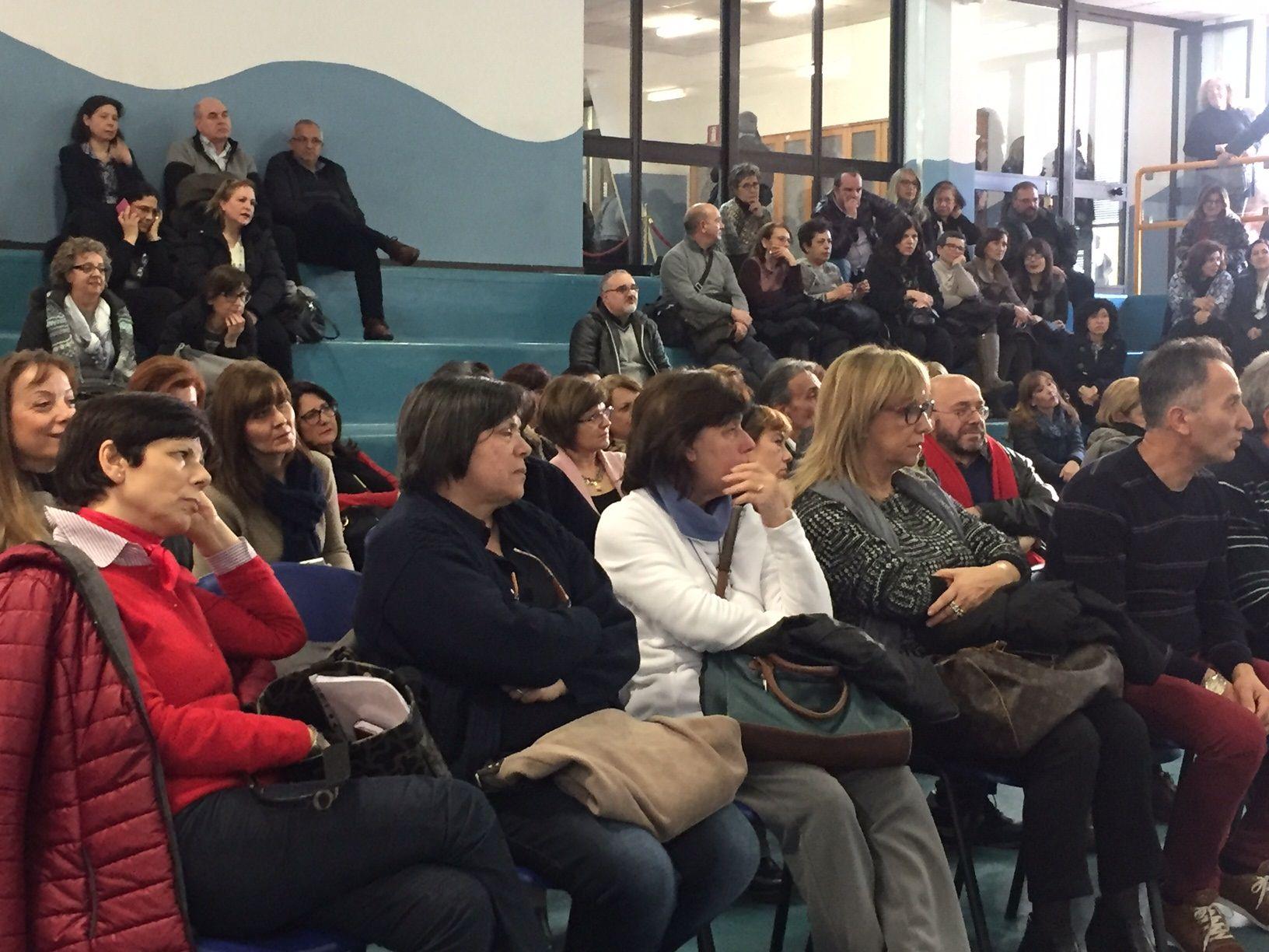 """La """"Buona Scuola"""" e i tagli a docenti e personale ATA: pronta lettera per Renzi"""