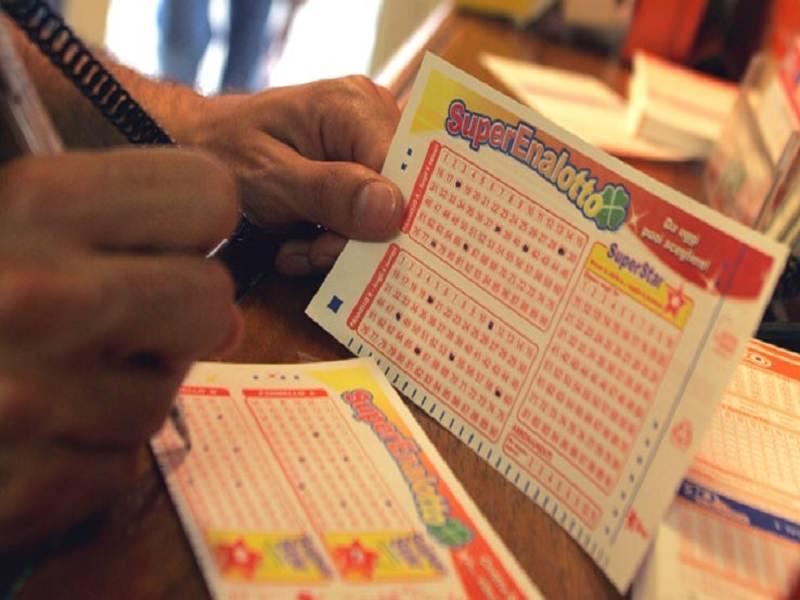 Gioca 3 euro al SuperEnalotto e ne vince oltre 61mila: la fortuna ritorna in Sicilia
