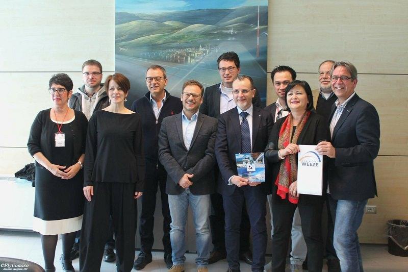 Tour della Ryanair per giornalisti tedeschi all'aeroporto di Comiso