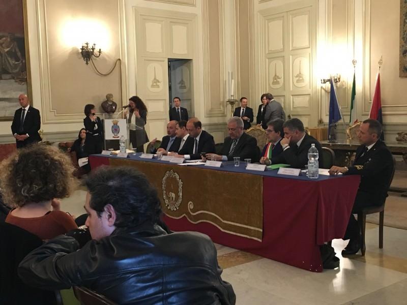 """Alfano a Catania per la sede Frontex: """"Situazione libica sta mutando, l'Austria deve ascoltarci"""""""