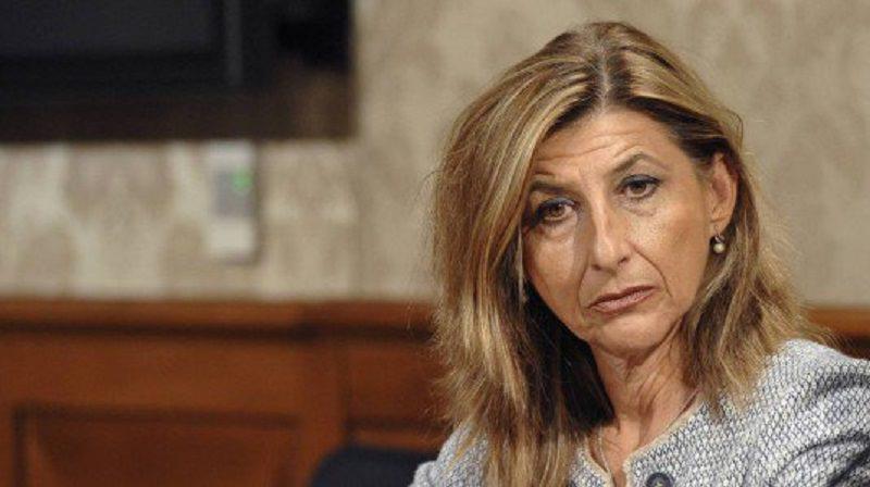 """Lampedusa, """"gioco delle tre carte"""" e sciopero degli operatori ecologici"""